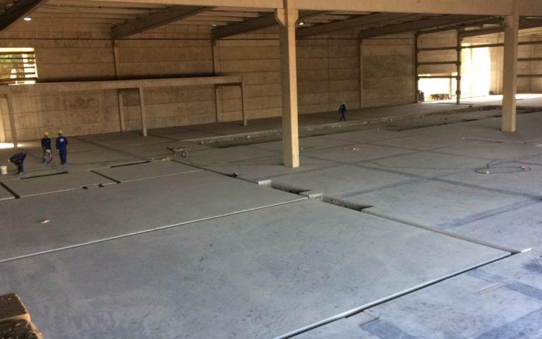 Execução do piso de concreto